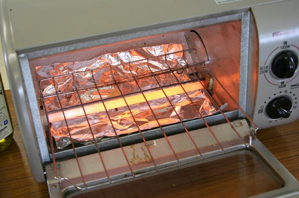 オーブンを予め温めておきます